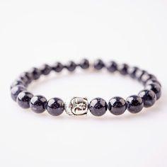 24 vind-ik-leuks, 1 reacties - Sungi (@sookpieces) op Instagram: 'Goodmorning!!! Here one of my Mens bracelets! Do you think I should make them for women too? You…'