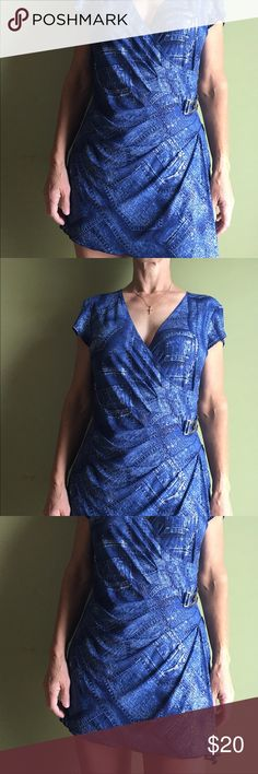 Top If you look closely at the pictures and especially the zoomed in one, there are clear sequins sewn on.  Worn very few times. Comes from a smoke free home. Offer 20% discount when bundling items. Joseph Ribkoff Tops