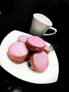 Pink Napolitaines -- LOVEEEEEE