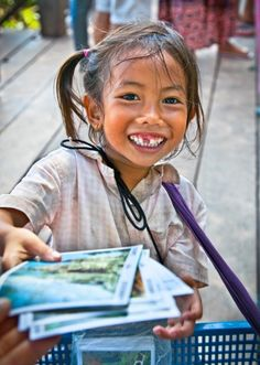 GreaterGood - Give 40 Cambodian Children a Year's Worth of Textbooks