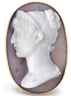 AN EARLY 19TH CENTURY GOLD AND HARDSTONE CAMEO, By Berini