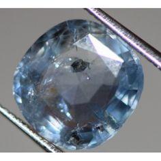 Natural blue sapphire ofCeylon , 3.27carat
