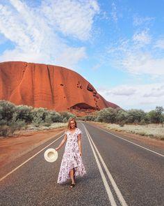Uluru you bloody beauty. Travel Pose, Travel Goals, Travel Photos, Great Barrier Reef, Ayers Rock Australia, Travel Around The World, Around The Worlds, Sydney Photography, Travel Photography
