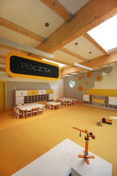 Yellow Elephant Kindergarten,Courtesy of xystudio