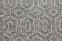 """BRAND:      STANTON CARPET  COLLECTION:PACIFIC HEIGHTS style:            LANDEN COLOR:ARTIST'S CANVAS  FIBER:80% WOOL/20% NYLON NATURALLY GREEN WIDTH:13 FT 2 IN PATTERN REPEAT:4""""W X 6 1/4""""L ST"""
