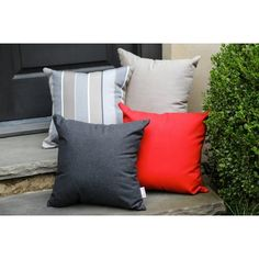 Darby Home Co Annabelle Indoor/Outdoor Sunbrella Throw Pillow Color: Spectrum Carbon