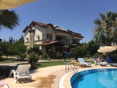 Beautiful duplex apartment coming fully furnished on a great large open complex with a shared pool. A nice property with excellent mountain views and only 10 minutes from Calis Beach promenade!