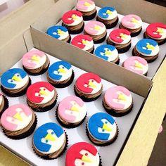 @thebakeshopbymikee's Badanamu Pengies Cupcake! Curly, Jess and Pogo! More photos on Instagram #Badanamu