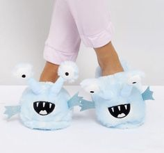 Buy ASOS NECO Alien Slippers at ASOS. With free delivery and return options (Ts&Cs apply), online shopping has never been so easy. Get the latest trends with ASOS now. Cute Slippers, Kids Slippers, Bunny Slippers, Asos, Monster Slippers, Pink Dragon, Mickey Y Minnie, Pusheen, Novelty Gifts