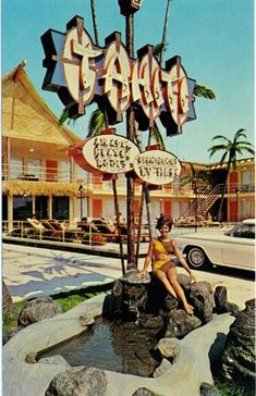 Tahiti Motel, Wildwood Crest: used to beg my mom to stay here instead of the Sea Rose. I guess I thought it would be some fabulous tropical resort. Vintage Neon Signs, Vintage Tiki, Vintage Surf, Vintage Hawaiian, Vintage Travel, Retro Vintage, Tiki Art, Tiki Tiki, Tahiti Resorts