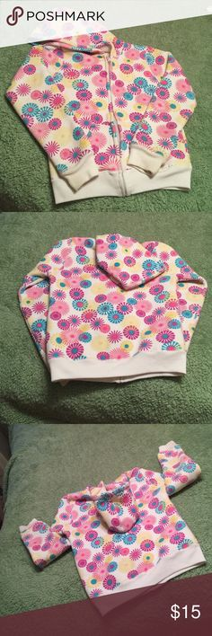 Nice warm Girls Hoodie, With colorful pinwheels XL Girls comfy Warm Hoodie. Tag gin , guessing XL. , Fleece lined and colorful , will go with anything and can wear all year, good condition Shirts & Tops Sweatshirts & Hoodies