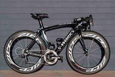 Pro bike: Mark Cavendish's Specialized McLaren Venge... Boy it looks sexy!