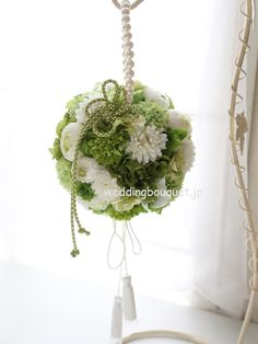 Flower girl ball- green and white Beautiful Flower Arrangements, Wedding Flower Arrangements, Floral Arrangements, Wedding Bouquets, Centerpiece Decorations, Diy Wedding Decorations, Floral Wedding, Wedding Flowers, Wedding Notes