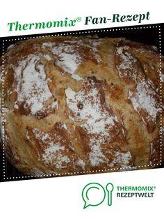 Zucchini-Körner-Brot von bobbek. Ein Thermomix ® Rezept aus der Kategorie Brot & Brötchen auf www.rezeptwelt.de, der Thermomix ® Community. Zucchini, Bread, Food, Food Food, Brot, Essen, Baking, Meals, Breads