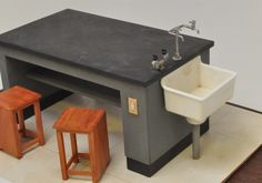 理科室の机と椅子