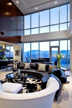 Trend alert: Sofá redondo! Veja modelos e ambientes decorados com essa tendência!