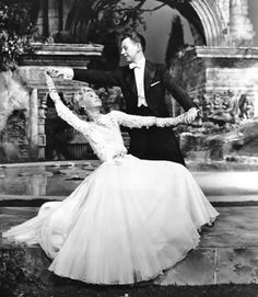 Vera-Ellen and Donald O'Connor dancing in Call Me Madam Hooray For Hollywood, Golden Age Of Hollywood, Vintage Hollywood, Hollywood Stars, Classic Hollywood, Shall We Dance, Just Dance, Old Movies, Vintage Movies