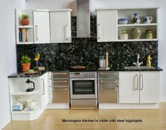 Modern Steele and white kitchen Miniature Rooms, Miniature Kitchen, Miniature Houses, Miniature Furniture, Dollhouse Furniture, Bakers Rack Kitchen, Mini Kitchen, Kitchen Nook, Kitchen Black
