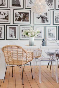 In dem Kölner Loft von Star Bloggerin Lena Terlutter verwandeln sich Design-Klassiker, Bilderwand sowie Materialmix zu einem stylischen und trotzdem wohligen Essbereich.