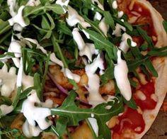 Tex-Mex tortilla pizza með kjúkling og klettasalati