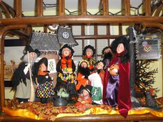 Decorating with the Byers' Choice Caroler® Figurines  - submitted by Linda DeLong