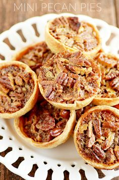 Mini Pecan Pie Recipe perfect for Thanksgiving or Christmas dessert! ~ Something Swanky Adorable little Pecan Pies made easy with Pillsbury Pie Crust. People love having their own individual pecan pie for those holiday dinners! Mini Desserts, Pecan Desserts, Delicious Desserts, Dessert Recipes, Pecan Recipes, Plated Desserts, Dessert Ideas, Mini Pecan Pies, Mini Pies
