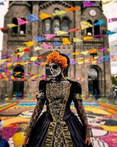 The most astounding altars and costumes from Day of the Dead at Hollywood Forever 2017 - - The scent of sage wafted through the air at Hollywood Forever Cemetery as marigolds, candles and sugar skulls blanketed the grounds for the annual L. Day of.