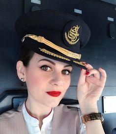 Pilot Uniform, Airline Uniforms, Emirates Airline, Flight Deck, Cabin Crew, Flight Attendant, High Class, Asian Fashion, Women's Fashion
