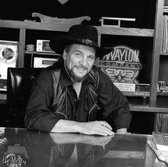 2d5764280 Country Western Singers, Country Music Singers, Brown Eyed Handsome Man, Waylon  Jennings,