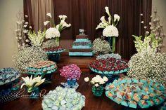 Mesa de doces em tons de azul!