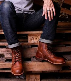 Men's FashionさんはInstagramを利用しています:「Red Wing 8115 Iron Ranger Copper Rough & Tough Leather Boots , $320 Photo by @prontodenim #menboots #redwingboots #madeinusa #Leather…」