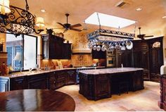 Tuscan-style Kitchens | ... Creating a Tuscan Style Kitchen Tuscan kitchen 2 – pizazzfloors.com