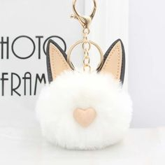 Cat Face Pom Pom Keychain - Love Cat Design Cat Keychain, Keychain Design, Tile Crafts, Pom Pom Crafts, Faux Fur Pom Pom, Pretty Cats, Cat Design, Cat Face, Cat Lovers