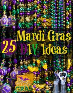 list features Mardi Gras DIY ideas - great recipes, craft and beauty ideas for a wonderful Mardi Gras carnival season!This list features Mardi Gras DIY ideas - great recipes, craft and beauty ideas for a wonderful Mardi Gras carnival season! Mardi Gras Party, Mardi Gras Food, Mardi Gras Carnival, Mardi Gras Beads, Mardi Gras Wreath, Diy Monogramm, Mardi Grad, Mardi Gras Decorations, Mardi Gras Centerpieces