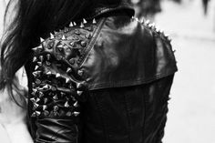 Posting black&white, gothic, punk and halloween. ♒ 21 years old living in England. Spiked Leather Jacket, Studded Leather, Black Leather, Studded Jacket, Thalia Grace, Rock Style, My Style, Swag Style, Shadowhunter Alec