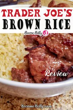 Trader Joe's Brown Rice, quick, easy, fast rice ready in 3 minutes that has good taste and texture. No pots and pans necessary, just a microwave and a packet from Trader Joe's Brown Rice box. Easy side dish for nearly any meal! Find out why you should add TJ's Brown rice to your shopping list!   Become Betty @becomebetty #traderjoesbrownrice #traderjoessidedish #traderjoesrice #traderjoesshopping #traderjoesmusttry #traderjoeshonestreviews #traderjoesshoppinglist #becomebetty Vegetarian Shopping List, Trader Joes Vegetarian, Vegetarian Recipes Easy, Curry Recipes, Easy Chicken Recipes, Asian Recipes, Beef Recipes, Shopping Lists, Lobster Recipes