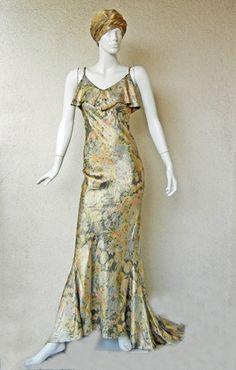 Evening Dress  Mainbocher, 1930s  Marilyn Glass Auctions