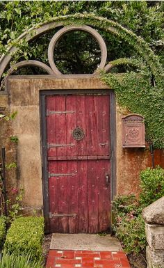 St. Augustine, Florida   I have seen this door and actually taken a picture of it.... so funny to find it on Pinterest.....