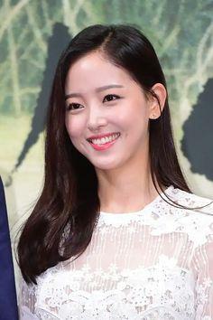 Asian Actors, Korean Actors, Korean Beauty, Asian Beauty, Asian Woman, Asian Girl, Korean Shows, Female Character Inspiration, Beautiful Asian Women