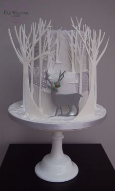 Reindeer in a winter wonderland - Cake by Deb Williams - CakesDecor
