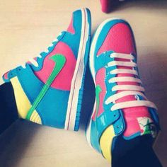 Visit my photo blog and repin the most popular fashion shoes pictures on Pinterest