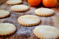 Christmas Spiced Biscuits with Clementine Juice