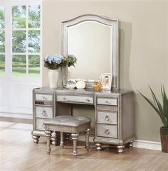 Bling Game Contemporary Metallic Platinum Wood Vanity Desk w/Mirror