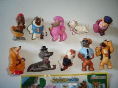 KINDER-SURPRISE-SET-DOG-STORIES-CITY-DOGS-2010-FIGURES-COLLECTIBLES