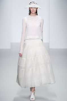 John Rocha | Spring 2014 Ready-to-Wear Collection | Style.com