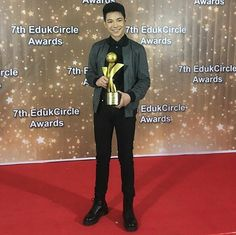 Espanto, Congratulations, Teen, Suit, Artist, Instagram Posts, Baby, Fictional Characters, Outfit