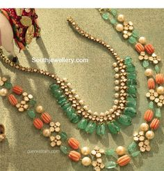 Red Coral and Emerald Drops Sets - Jewellery Designs Jewelry Design Earrings, Beaded Jewelry Designs, Gold Earrings Designs, Coral Jewelry, India Jewelry, Gold Jewellery Design, Bead Jewellery, Gems Jewelry, Jewelry Patterns