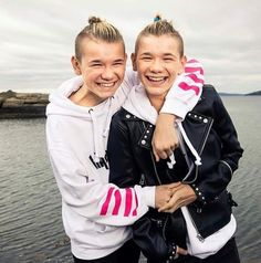 Marcus and Martinus ily them they are the best twins ever stay happy Shadowhunters Season 3, Babysitting Jobs, Love Twins, Bars And Melody, Dream Boyfriend, I Go Crazy, Twin Brothers, Good Smile, Handsome Boys