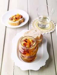 Ananasový džem s brusinkami