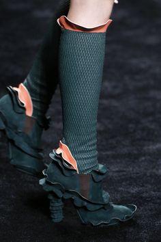 Fendi Fall 2016 Ready-to-Wear Accessories Photos - Vogue Crazy Shoes, Me Too Shoes, Fashion Week, Fashion Brand, Women's Fashion, Fendi, Bootie Boots, Shoe Boots, Fashion Shoes